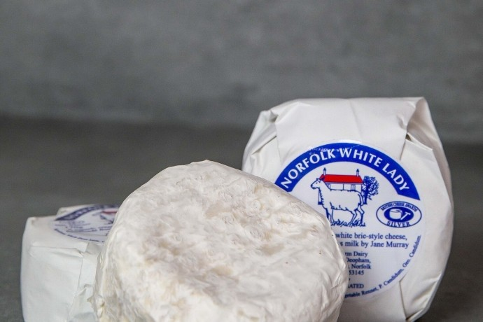 white-lady-cheese